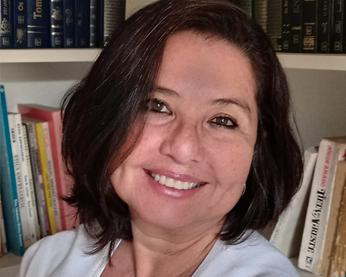 Profa. Gisela Domingos – Diretora de Relacionamento