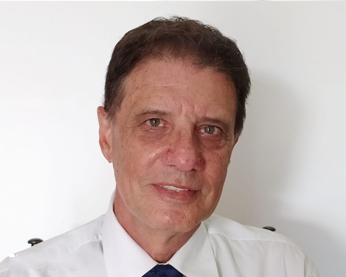 Prof. Sérgio Gabriel – Diretor Administrativo
